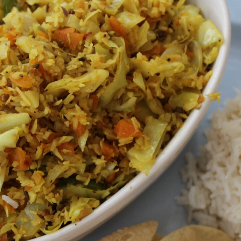 Dry Curry of Cabbage, Carrot and Coconut